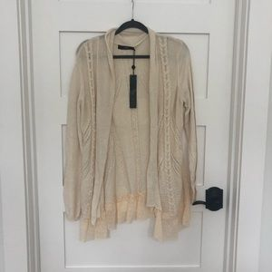 BKE Boutique sweater size large